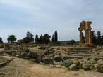 Храм Диоскуров (храм Кастора и Поллукса)
