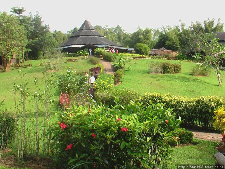 Южный Таиланд. Национальный парк Као Сок. Лесной отель The Cliff & River.