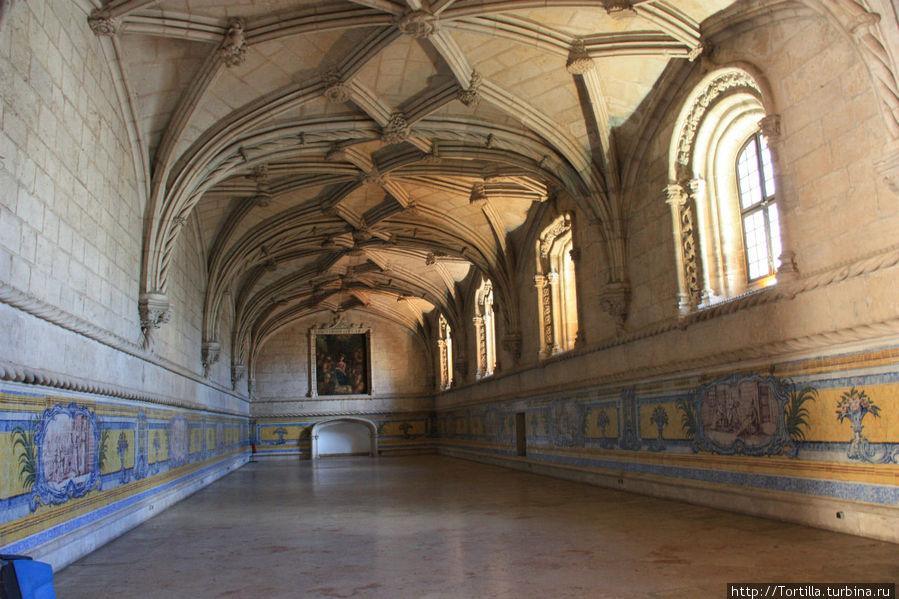 Лиссабон Трапезная монастыря Жеронимуш