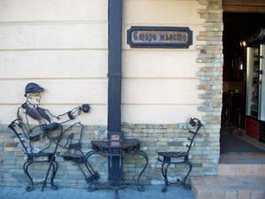 Ужгород городок небольшой, но здесь так много кафе, пиццерий и кофеен. И они отнюдь не пустуют.