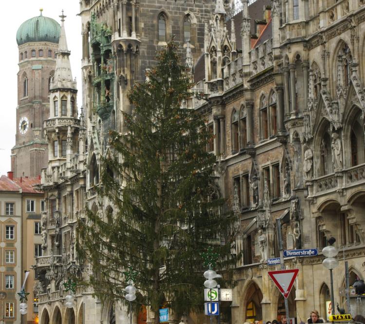 Новогодний декор немецкой