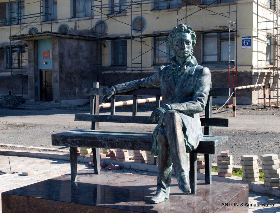 Заказать памятник новосибирск норильск изготовление памятников мурманск норильск