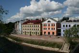 Запсковье — элитный район Пскова. Город очень западный, со всеми вытекающими, чистый, аккуратный и вполне комфортный для жизни