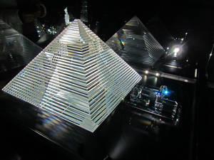 Египетская пирамида и Сфинкс