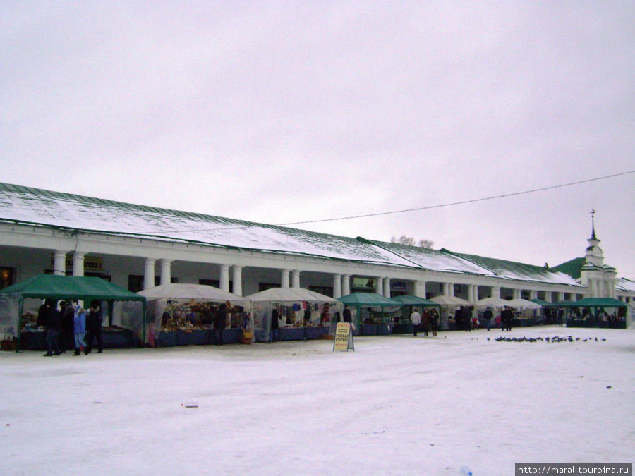 Торговая площадь — самое оживлённое место Суздаля