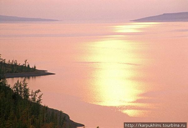 Озеро Хантайское. Будто безбрежно.