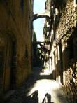 Узкие улочки Старой Буссаны