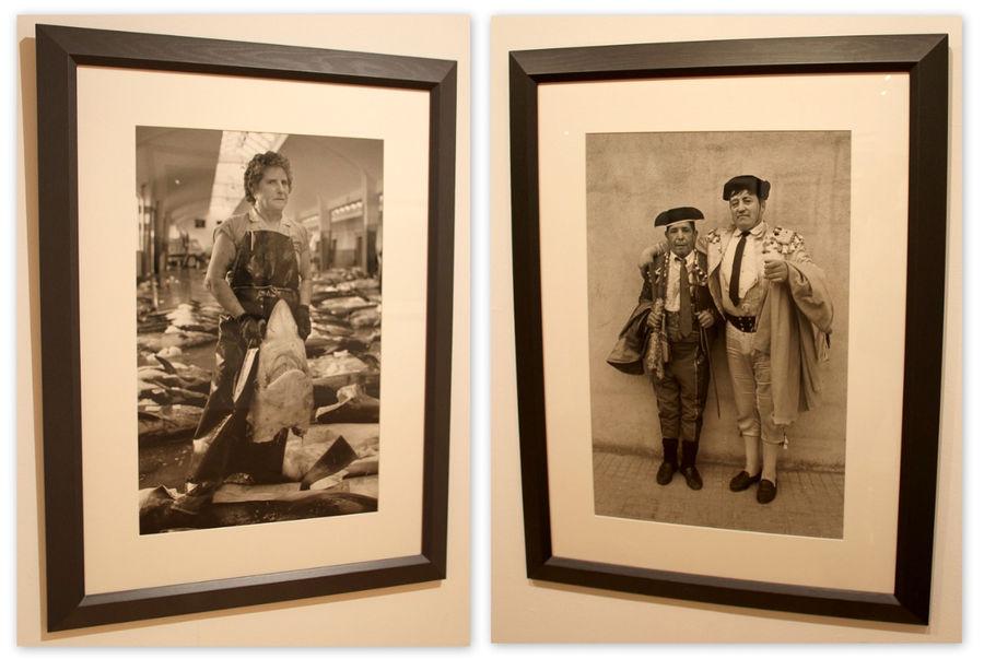 Да...тетю слева я бы с удовольствием сам сфотографировал на ее рабочем месте.  Работа не из легких у нее.