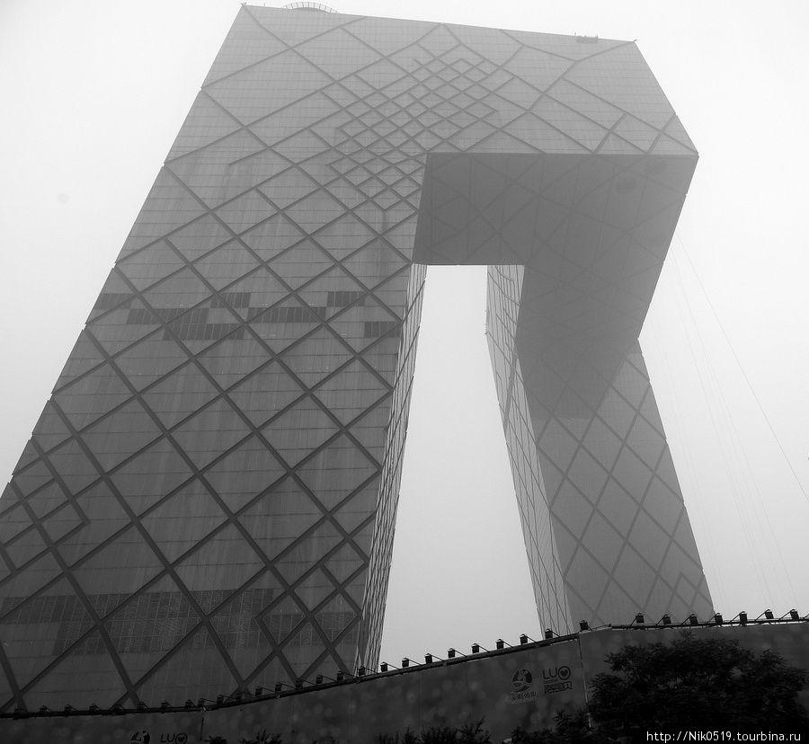 Здание, которое получило прозвище Пекинские штаны Пекин, Китай