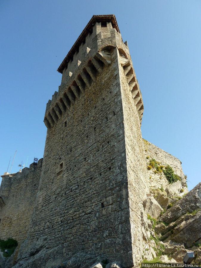 Главная башня крепости