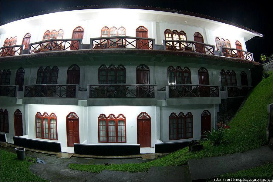 Наш скромный отель — Sibayak Multinational Guesthouse