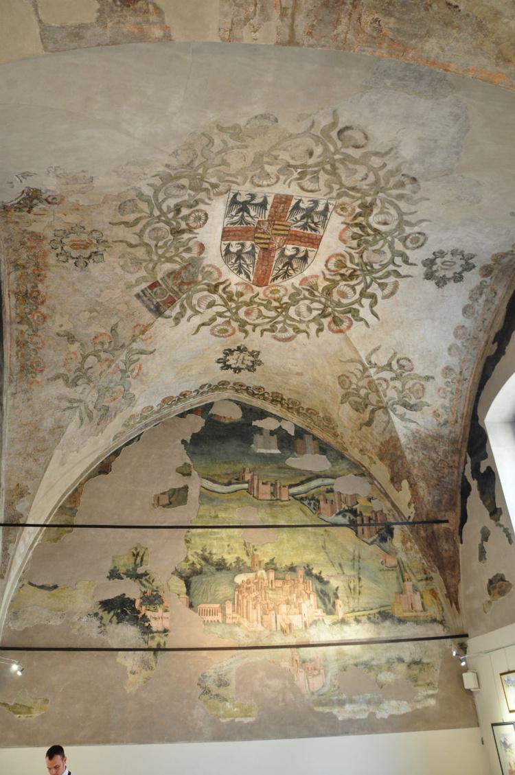 фрески на потолке<br /> гераль
