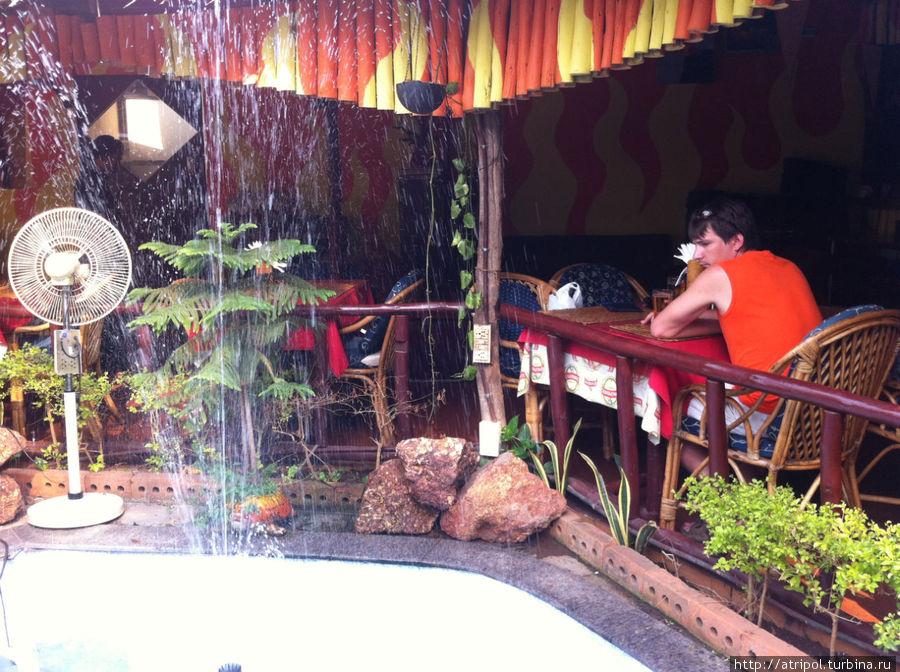 Кафе Inferno в Калангуте
