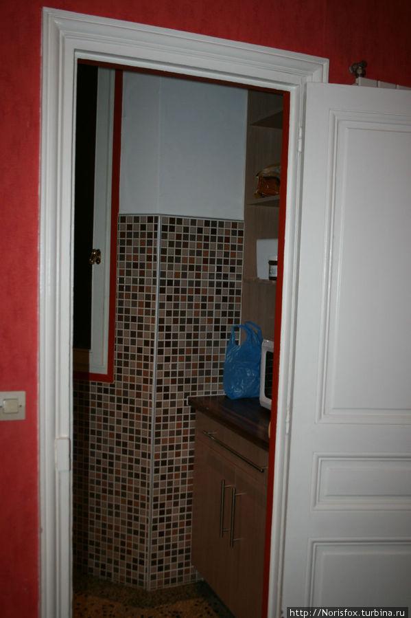 вид в кухню из гостиной