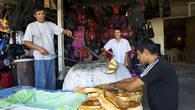 Таких вкусных лепешек и самсы, какие выпекаются в жарких тандырах Тараза, на других казахстанских базарах уже нет.