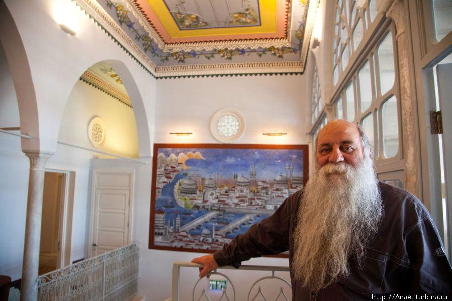Хозяин гостиницы Ури  Иермияс Фотограф: Даниэль Лила