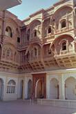 Традиционные раджастанские балконы джарока