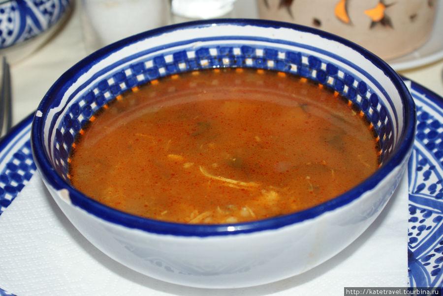Традиционный тунисский суп — шорба