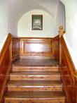 Лестница ведёт в блистательный XIX век