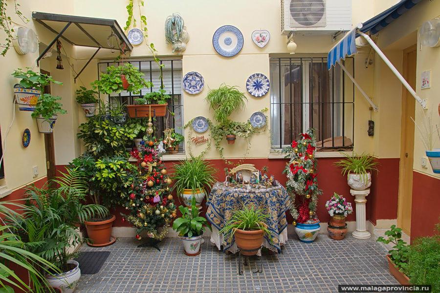 Как своими руками украсить двор частного дома 49