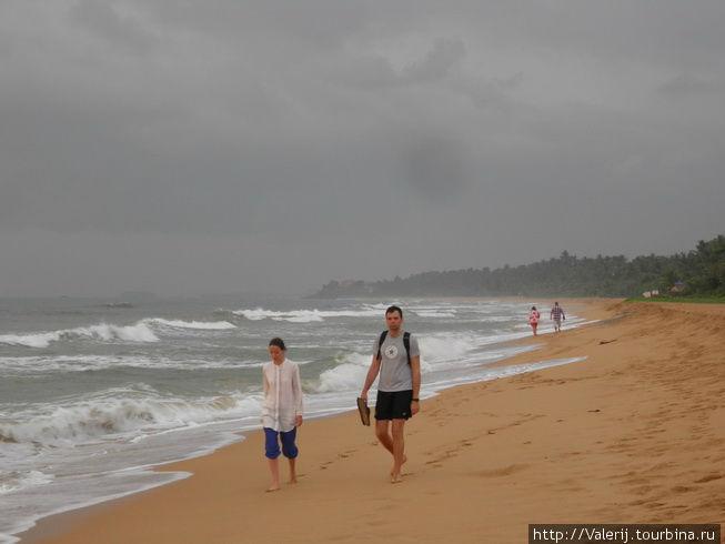 А пляжи, как в Тунисе — километровые, но волна ...