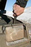 Фары — не фары, пока отверткой грязный лед не соскребешь