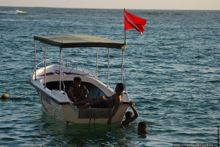 Унаватуна: море-солнце-пальмы-пляж Унаватуна, Шри-Ланка