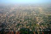 C высоты в пару километров большой Буэнос-Айрес занимает все пространство, что способен охватить взгляд