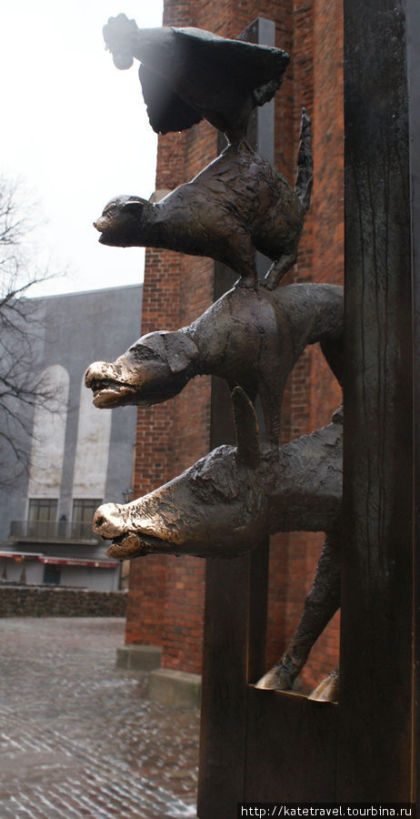 Памятник Бременским музык