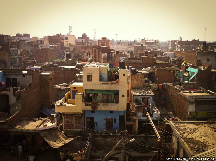 Так живёт бОльшая часть населения Дели