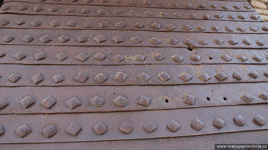 фрагмент кованых ворот