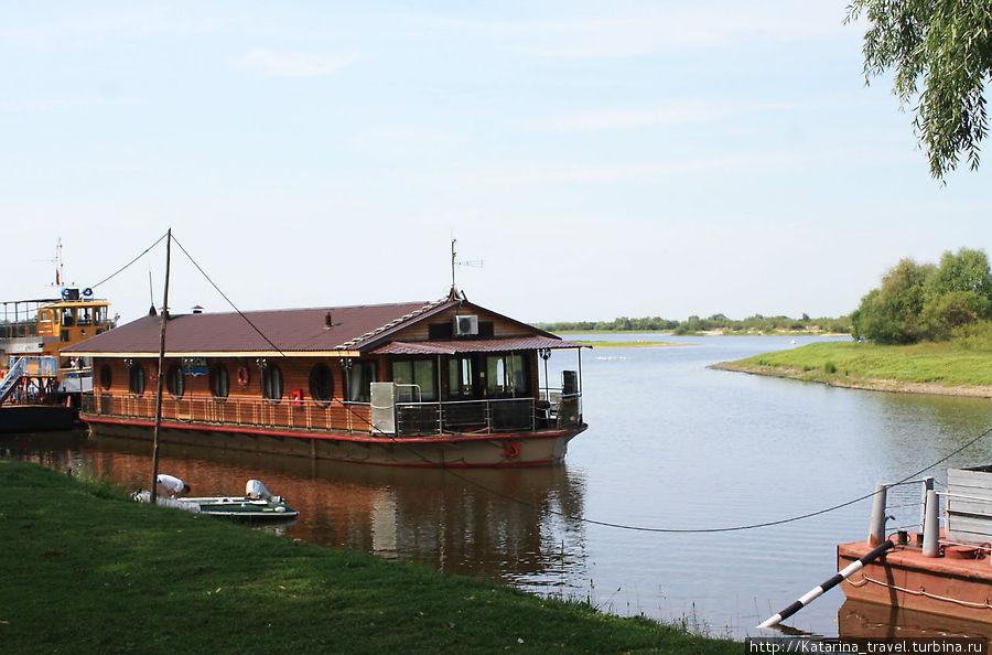 Гостиница на воде Туров, Беларусь