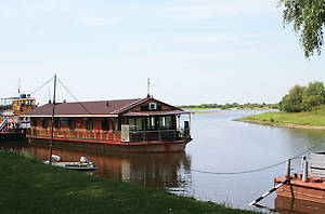 Гостиница на воде