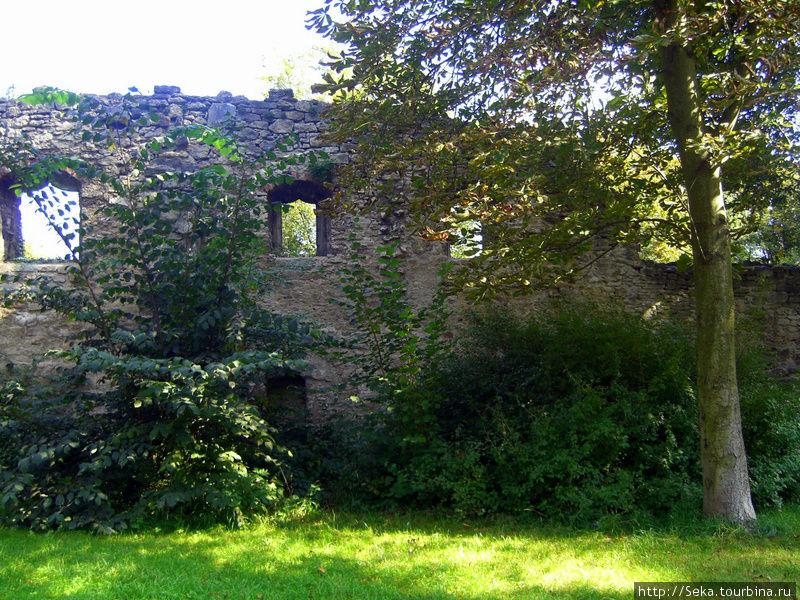 Искусственные руины