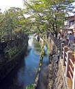 А это канал, за ним старая часть города
