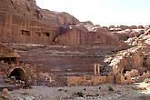 Какой древний город без амфитеатра!
