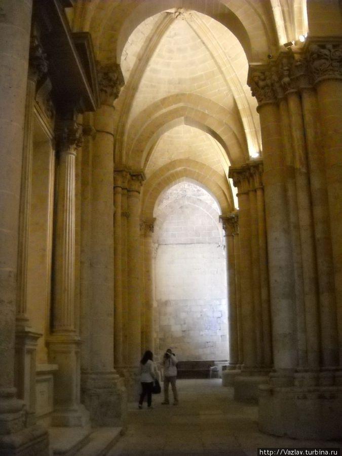 Внутри Старого собора