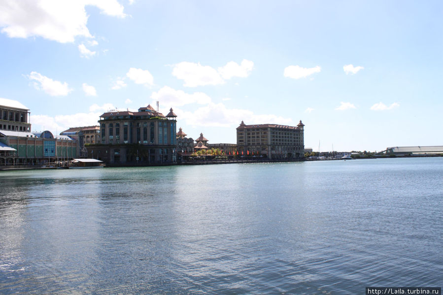 Port Louis, Waterfront