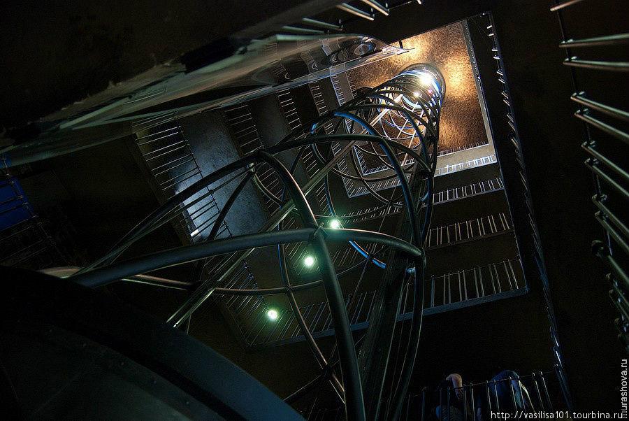 Лифт на башню