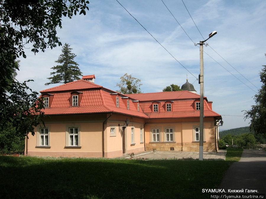 Митрополичьи палаты — Музей истории древнего Галича.