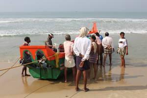 Отправление лодки в море