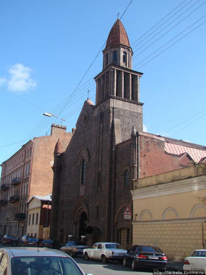 Костел Лурдской Богоматери в Ковенском переулке.
