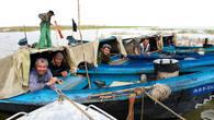 Рыбаки во время путины неделями живут на воде, в своих лодках – бударах