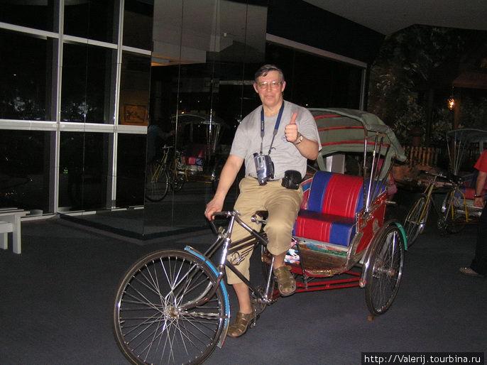 А раньше Тук Тука были рикши