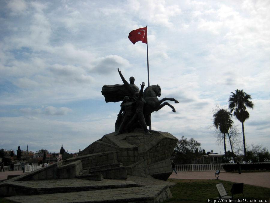 Памятник Ататюрку (как ориентир)