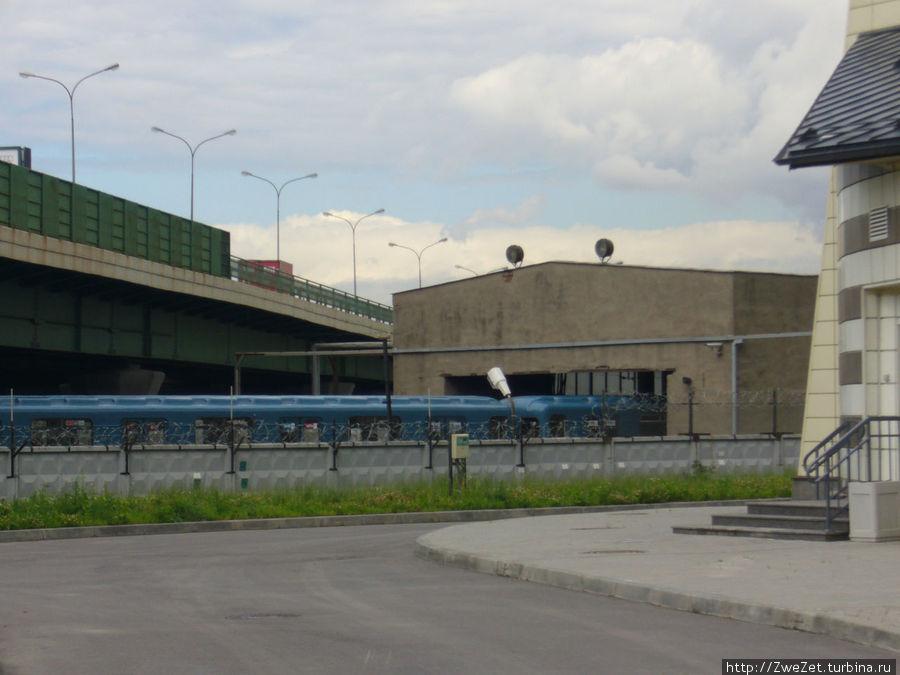 Станция Молодежная соседствует с депо Купчино нашего метрополитена