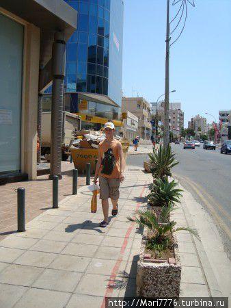 До моря, до Финигудес — 12минут пешком. Быстрым шагом меньше)