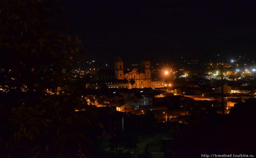 Прогулки по Сипакире, городку с особой атмосферой Сипакира, Колумбия