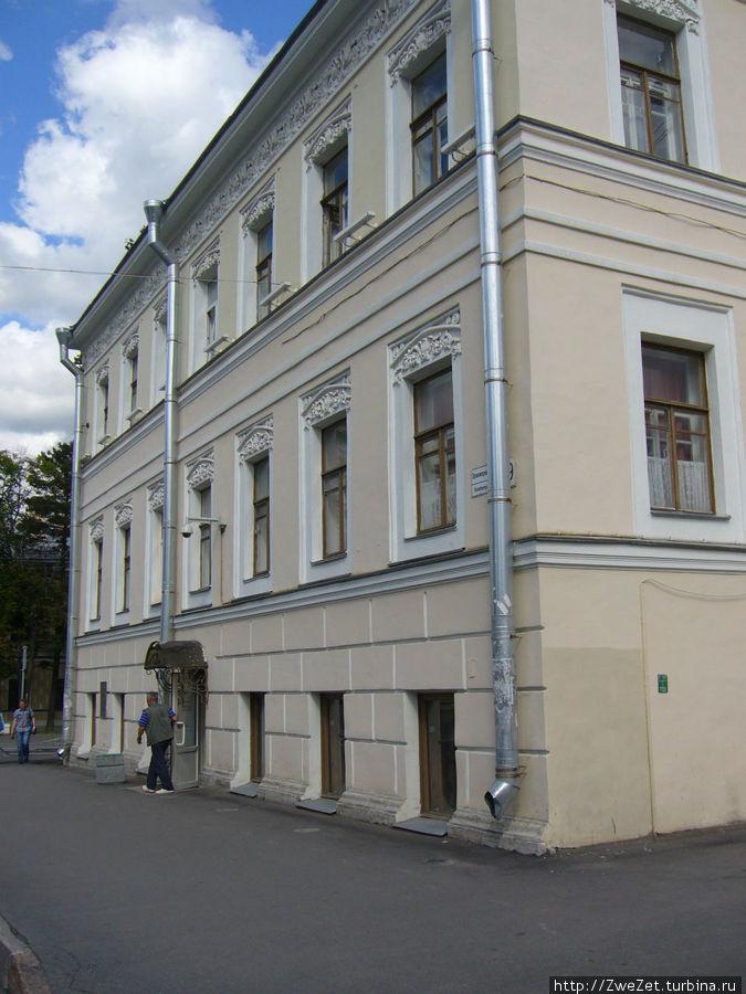 Кафе находится в здании — памятнике архитектуры