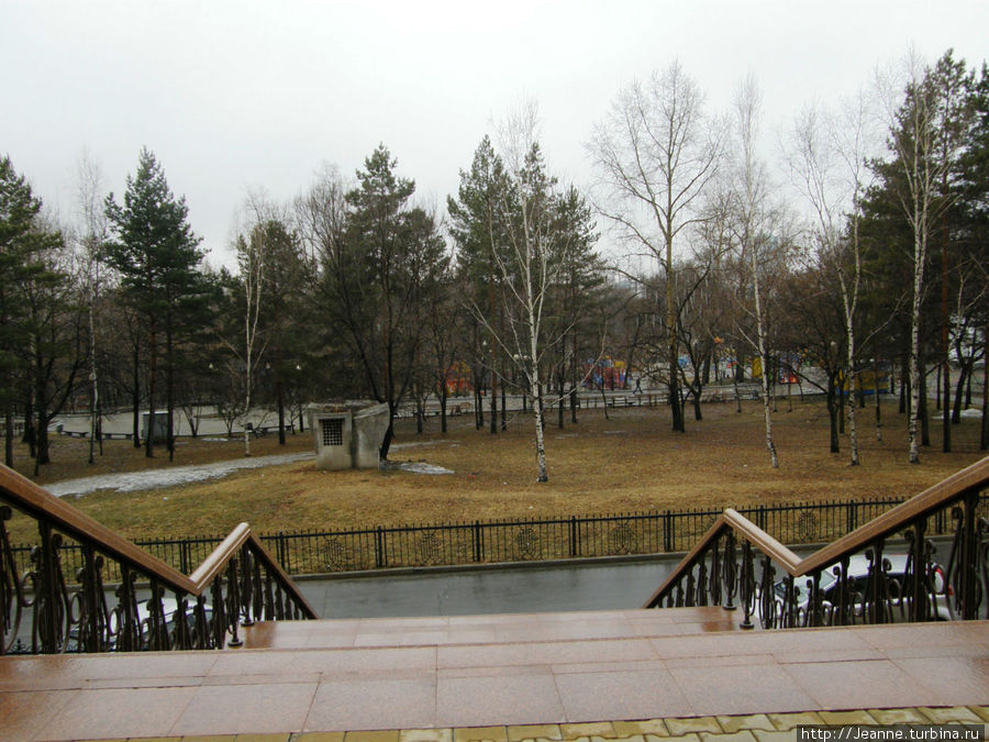 От Театра Музкомедии я спустилась вниз — в парк Динамо.
